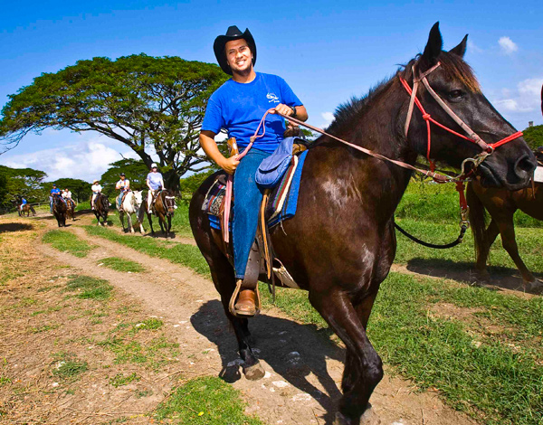 Kualoa Ranch - 1 Hour Horseback Ride - Hawaii Discount