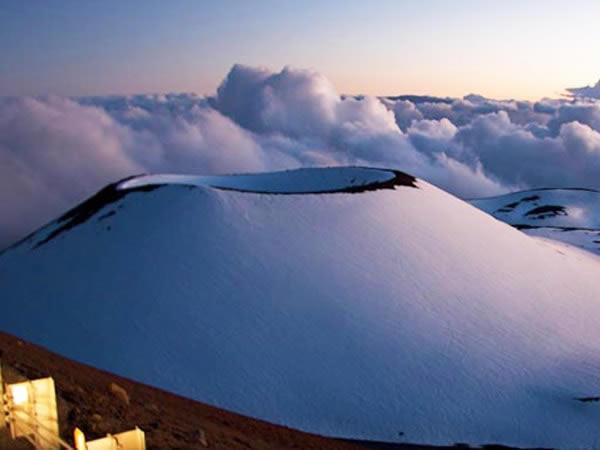 Afbeelding van het Mauna Kea gebergte.