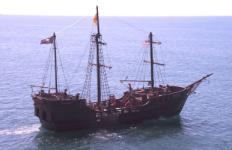 Hawaii Pirate Ship Adventures - Lost Treasure Excursion