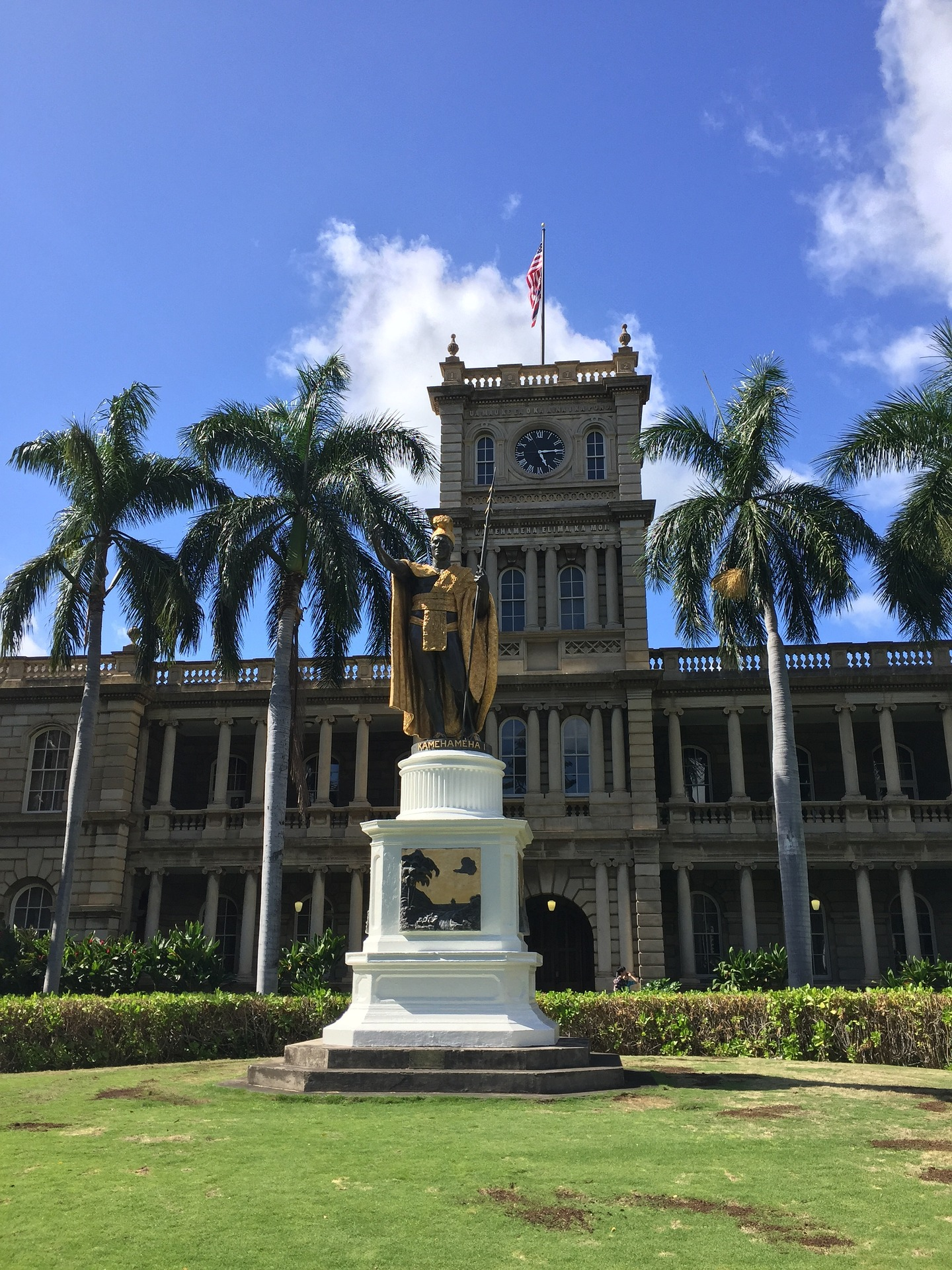 Great Ways To Explore Hawaii's Royal History On Your Next